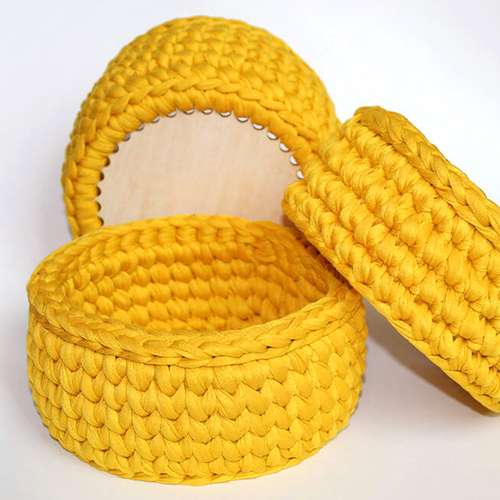ОНЛАЙН КУРС: Плетене на 1 кука с трикотажна прежда за начинаещи